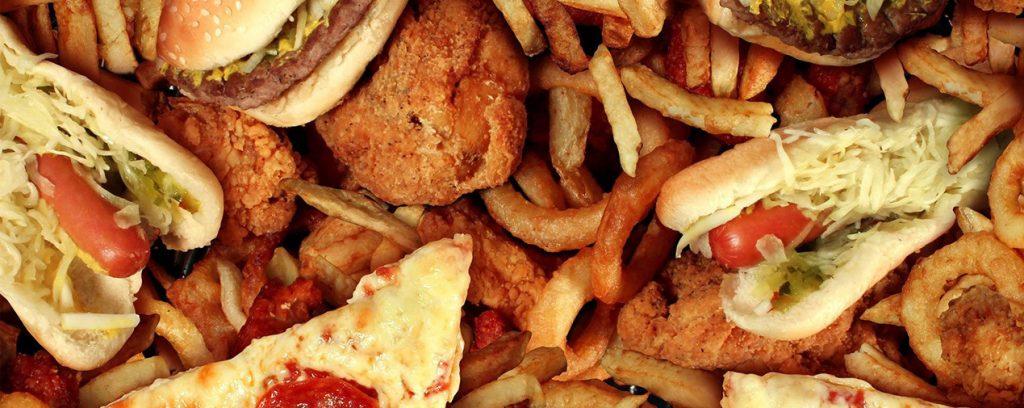 10 Makanan yang Berisiko Ganggu Kesehatan Anak