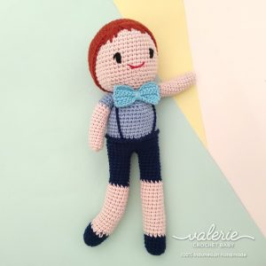 Boneka Rajut Smarty Boy - Valerie Crochet