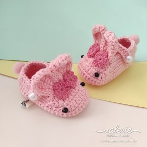 Seoatu Rajut Pinky Bunny - Valerie Crochet