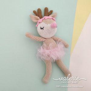 Boneka Rajut Deer Ballerina in Pink