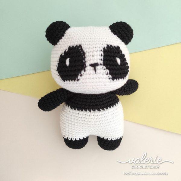 Boneka Rajut Cute Panda - Valerie Crochet