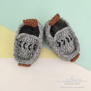 Sepatu Rajut Dark Grey - Valerie Crochet
