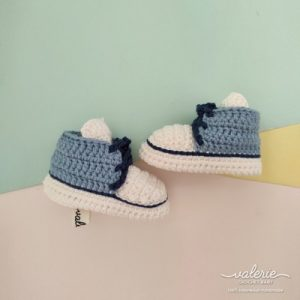 Sepatu Rajut Lite Blue - Valerie Crochet