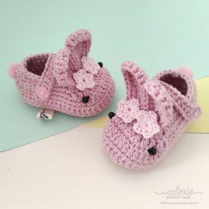 Seoatu Rajut Pale Bunny - Valerie Crochet
