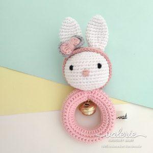 Rattle Rajut Charming Bun - Valerie Crochet