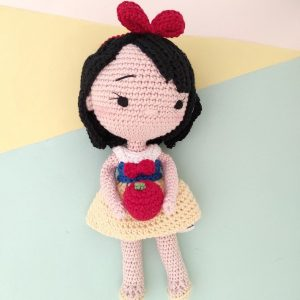 Boneka Rajut Princess Snow White - Valerie_Crochet