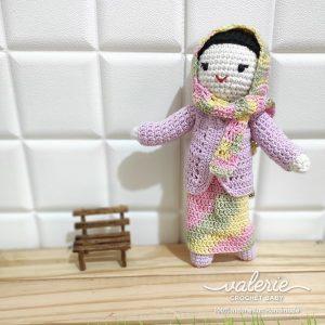 Boneka Rajut Sembur Hijab- Valerie Crochet