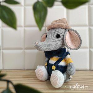 Boneka Rajut Elle - Valerie Crochet